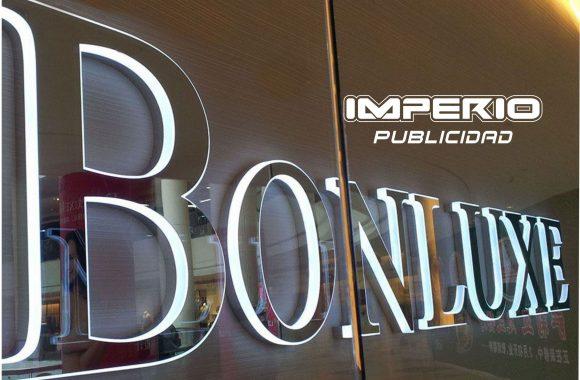 letras-numeros -logotipos-de-acero-inoxidable-iluminadas-halo-led