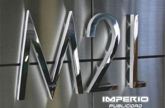 letras-numeros-logotipos -de-acero-inoxidable