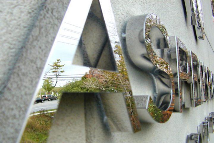 logotipos-3d-acero inoxidable-