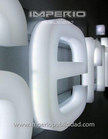 Letras de Acrílico 3d con iluminación