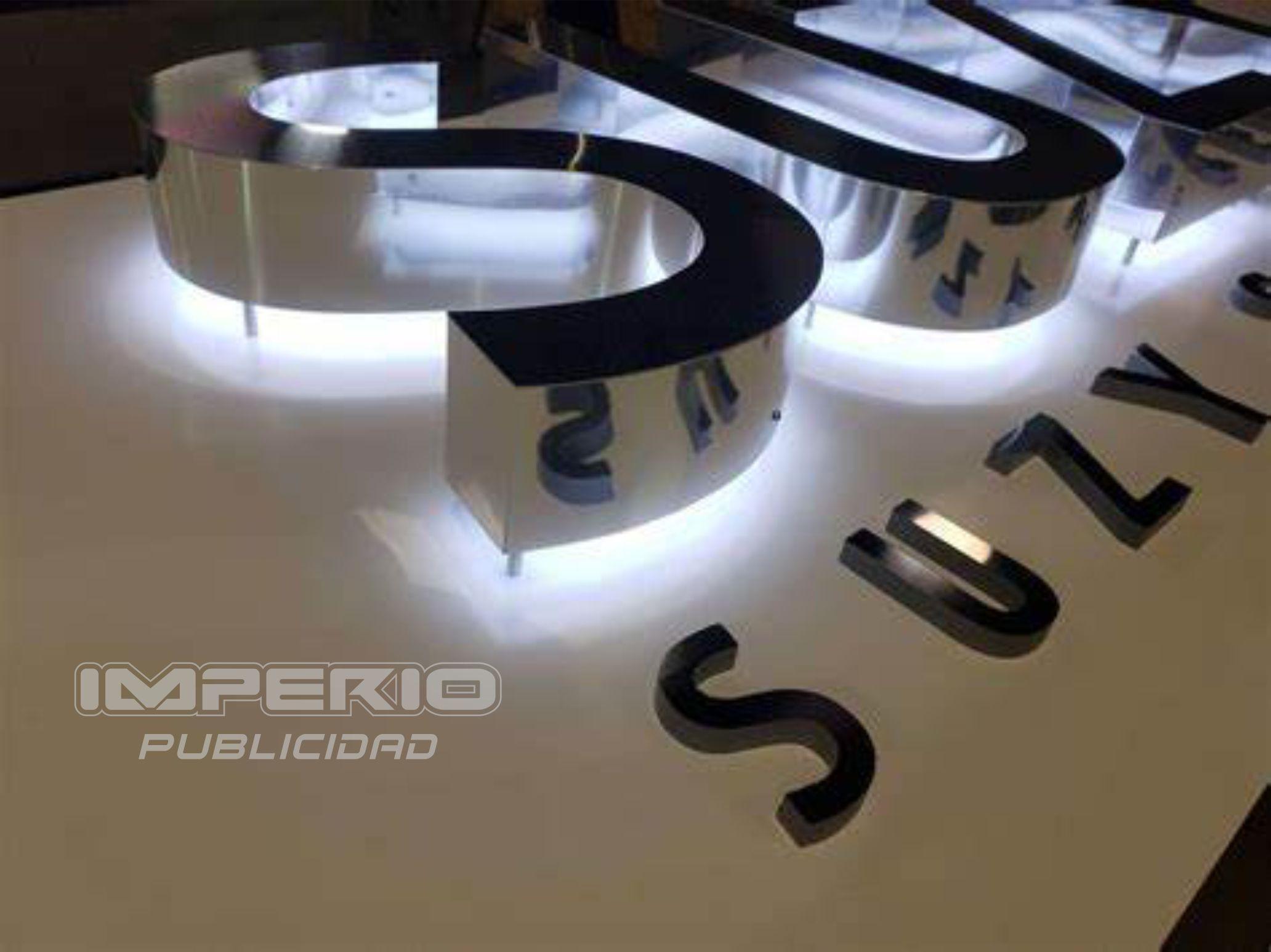 letras-de-acero-inoxidable-retroiluminadas-leds-0123