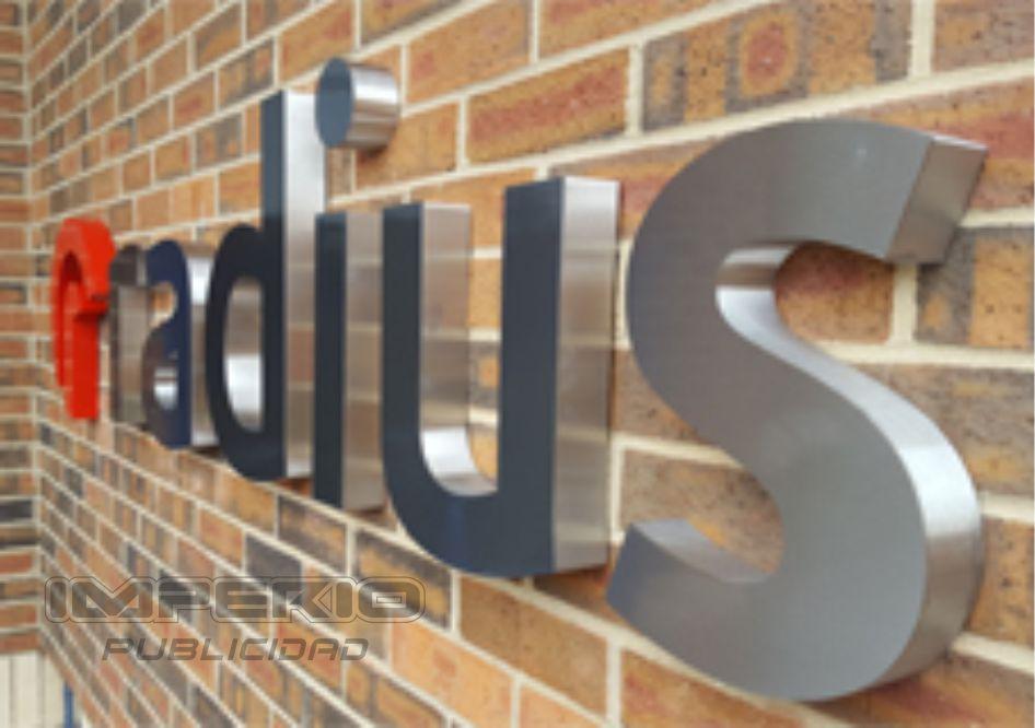 logotipos 3d de aluminio